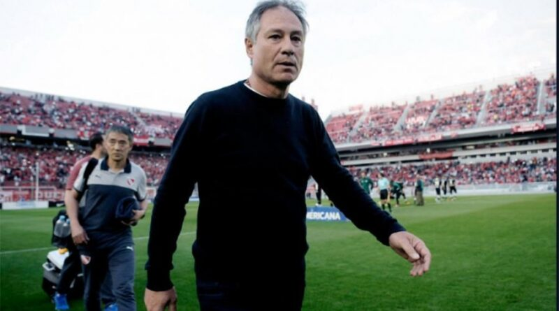 Ariel Holan es el nuevo entrenador de Santos de Brasil