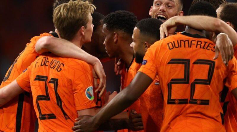Inglaterra y Holanda ganaron con lo justo en la Eurocopa